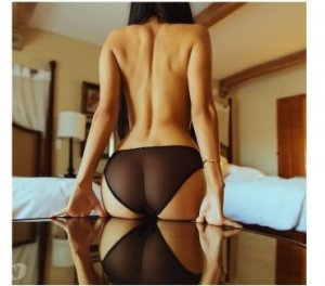 Queenie live escort in Capitola, CA